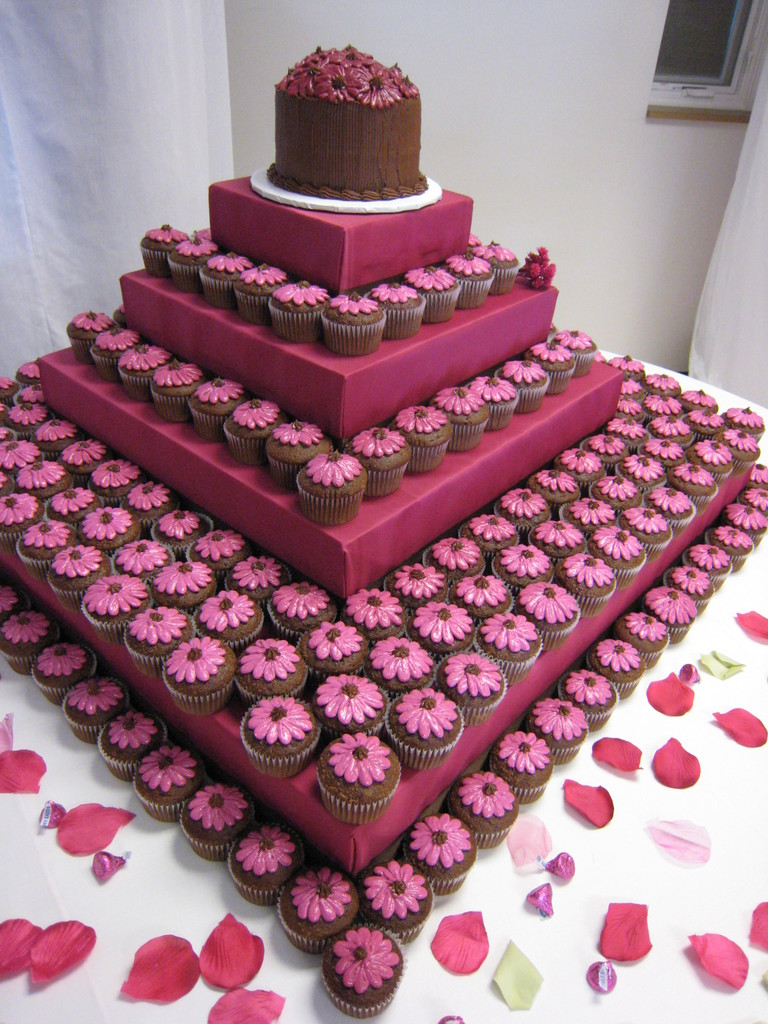 Wedding Cake Alternatives - Chicago Wedding Blog