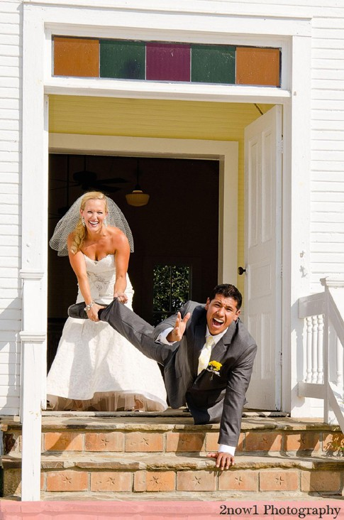5 Fun Wedding Photos
