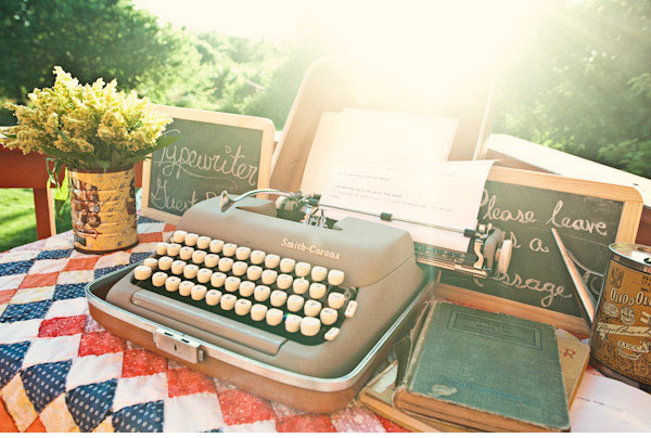 Guest Book Alternatives: Typewriter Guest Book