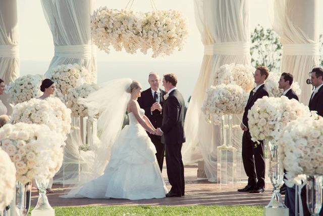 Surprises before the wedding chicago wedding blog wedding ceremony junglespirit Image collections