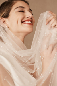 Pearl speckled veil