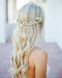 Bobo Half Up Wedding Hairstyles