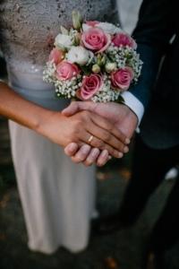 Circular Wedding Flowers