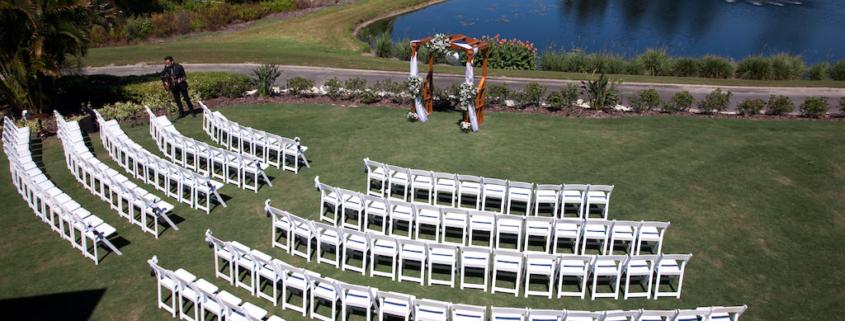 Curved Creative Wedding Seating